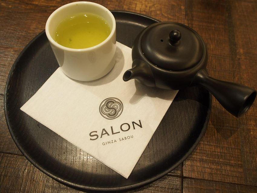 20170825-15-09-salon-ginza-sabou